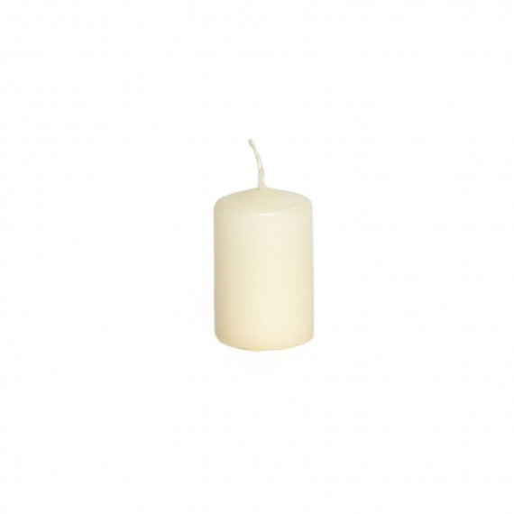 Candles with wick white