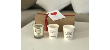 Present set x 3 scented soy wax candles